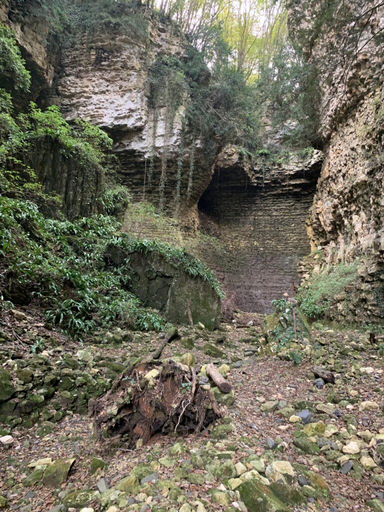 Il magico anfiteatro naturale della Val Borago<br>foto Davide Pigozzi